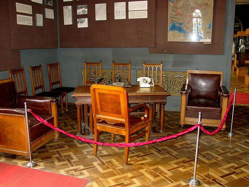 Sztálin irodájának bútorai.
