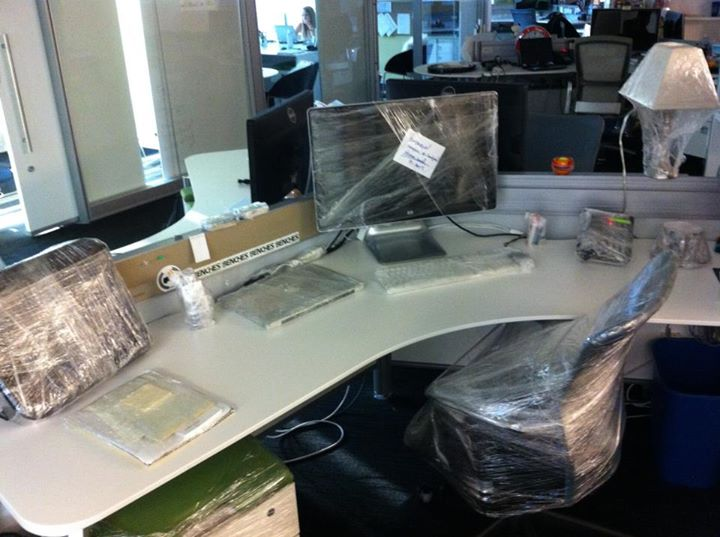 shrink-wrapped-desk-prank.jpg