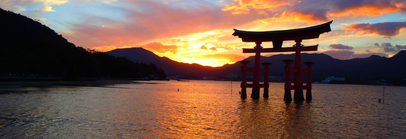 fond-torii-1400.jpg