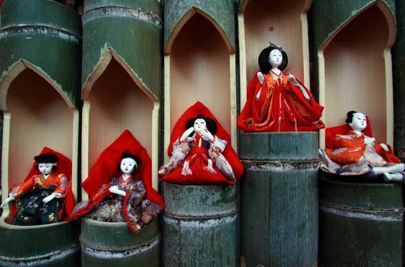 hina-matsuri-dolls.jpg