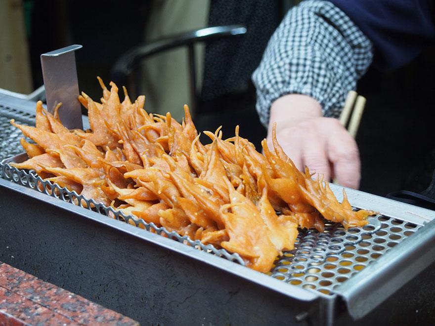 japanese-fried-maple-leaf-tempura-3.jpg