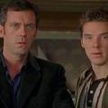 Hugh Laurie és Benedict Cumberbatch együtt: A negyedik X
