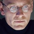 Michael Fassbender Steve Jobsként is tökéletes