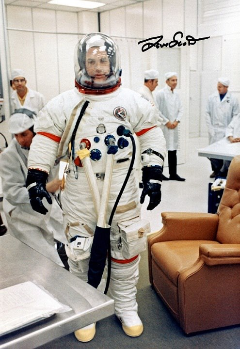 Apollo_15_Dave_Scott.jpg