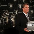 Négy edzőt szerződtettek a Raiders edzői stábjába