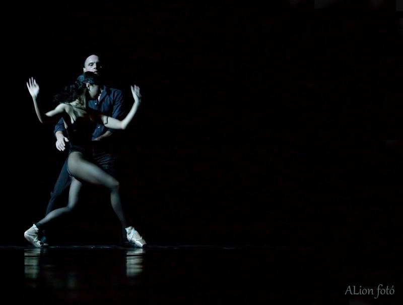 la_la_la_humana_steps_kanadai_balett.jpg