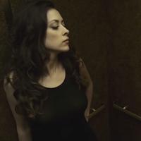 18+ Szexi apáca viszi szobára az év botrányhősét