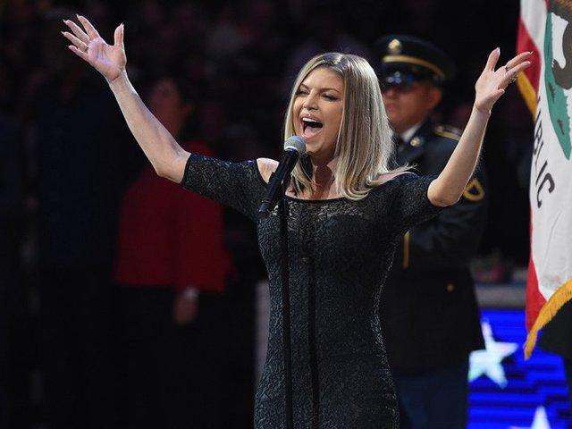"""Fergie """"szexi"""" himnuszán röhög Amerika"""