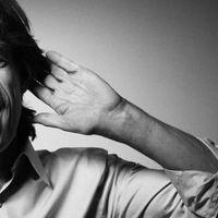 Mick Jagger csak úgy kiadott két új dalt