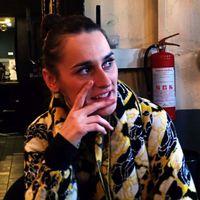 """""""Szerintem jól összeillenénk Mac DeMarcóval"""" – Julie Budet (Yelle)-interjú"""