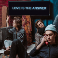 A szeretet a válasz - Carnival Youth dalpremier