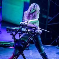 Balrog-harc mint szexmetafora, démoni nu metal-dal éteri árnyéka - ilyenek lesznek Grimes új számai