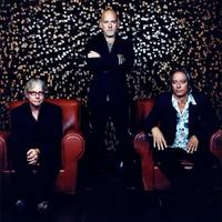 R.E.M.: Collapse Into Now – a teljes album!