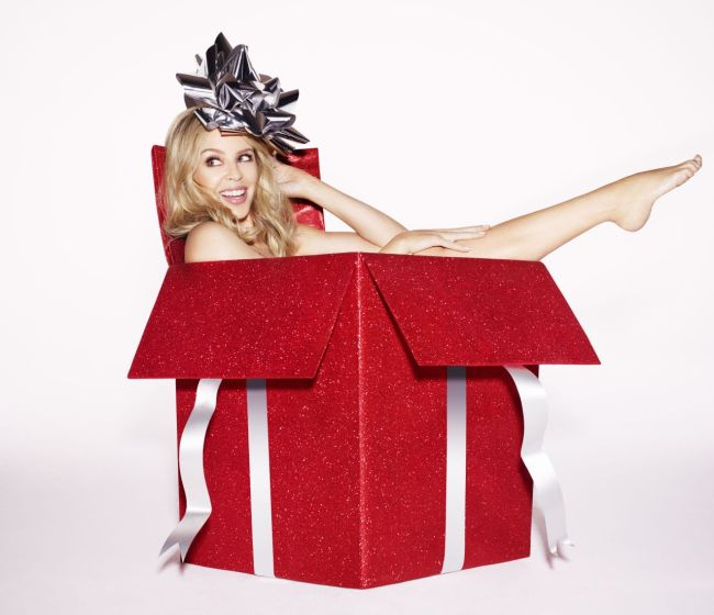 kylie-minogue-a-kylie-christmas-shooting-2015-_1.jpg