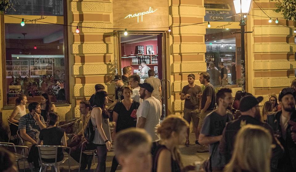 Klubkörkép – a pécsi Nappali bár - Recorder