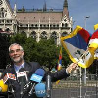 Az emberijogok tiszteletben tartását kérte számon a Fidesz a Kínai Népköztársaságon