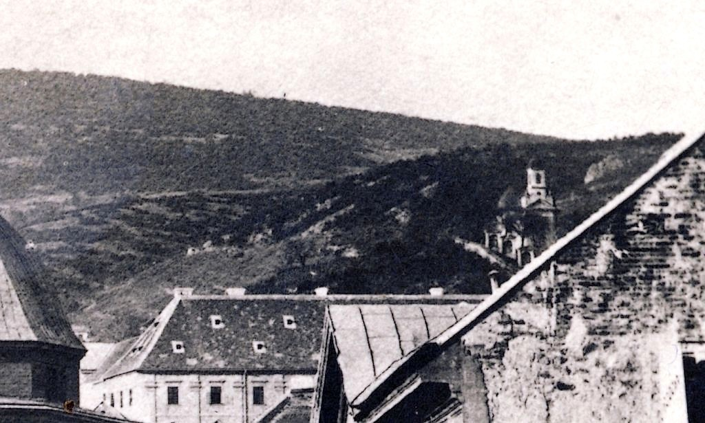 02_1890_k_szechenyi_ter_kalvari_kapolnaja_es_a_staciok.jpg