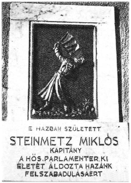 szobor_emlektabla_steinmetz_kapitany_elso_emlektablaja.jpg