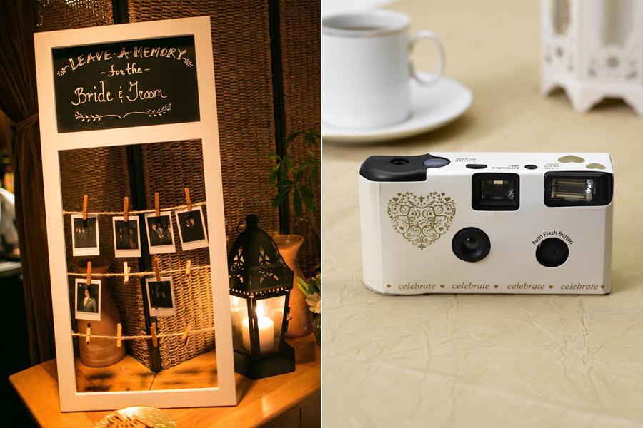 Ehhez egyszer használatos vagy polaroid fényképezőgépet is mellékelhetsz. Utóbbi esetében felírhatod a vendégek neveit egy kis kártyára, és megkérheted őket, hogy cseréljék ki azt egy róluk készült fotóra.