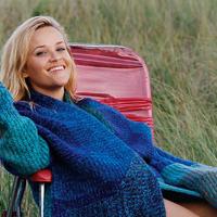 Reese Witherspoon bájosabb, mint valaha: cseppet sem tűnik 41 évesnek