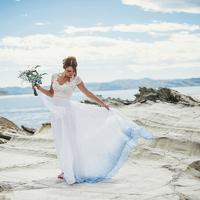 Festékbe mártotta a fehér ruhát: gyönyörű lett a végeredmény