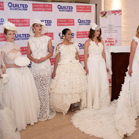 Esküvői ruha WC-papírból: hihetetlen, de gyönyörű és hordható
