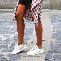 Így viseld az edzőcipőt nyáron: 5 outfit, amit imádni fogsz