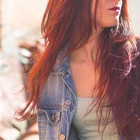 Lépcsőzetes frizura pofonegyszerűen, fodrász nélkül
