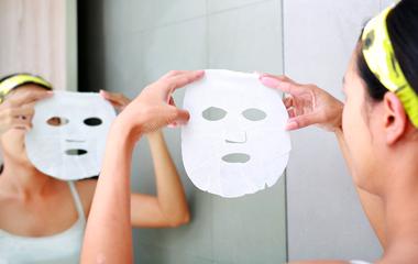 Házi fátyolmaszk rizspapírból: simább, ragyogóbb bőr, pillanatok alatt