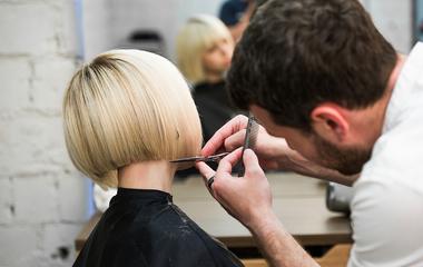 Így viseld a bob frizurát az arcformád szerint: divatos, trükkös fazonok