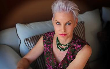 Így turbózd fel a ritka, vékony szálú hajat: az 52 éves színésznő megmutatja