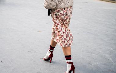 Elragadó szoknyák az őszre a hazai boltokból: ultra nőies fazonok, kivillanó lábak