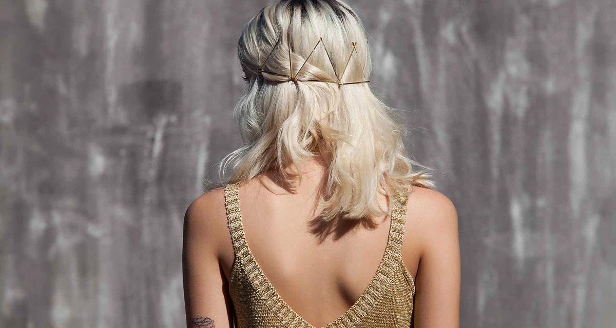11 divatos frizura félhosszú hajból: csak néhány hullámcsat kell hozzá!