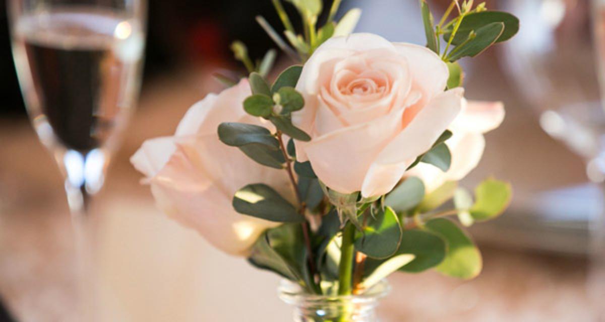 Így használd a rózsát az esküvőn: romantikus és sokoldalú