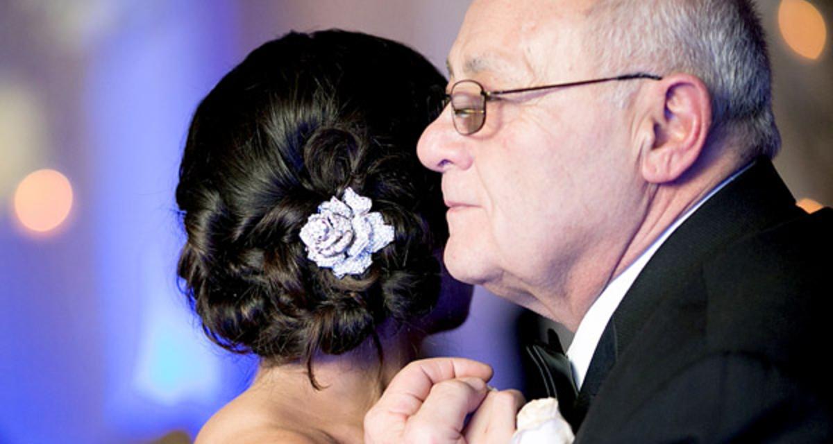 Ezt add az apukádnak az esküvőn: nem fogja megállni könnyek nélkül