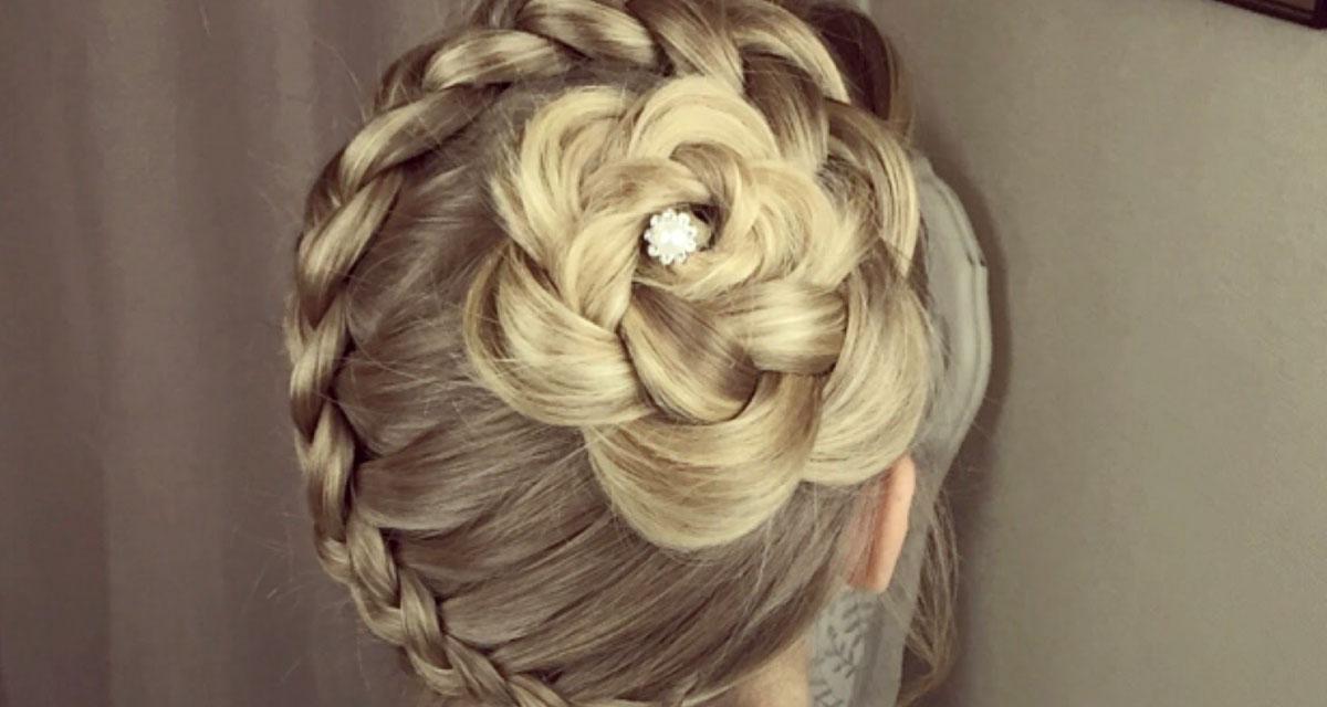 Csodás virágfonat hosszú hajból, lépésről lépésre