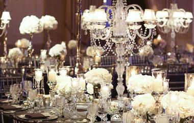 Egy szín, amiről nem gondolnád, hogy jól mutat az esküvőn - Szürke dekorációk