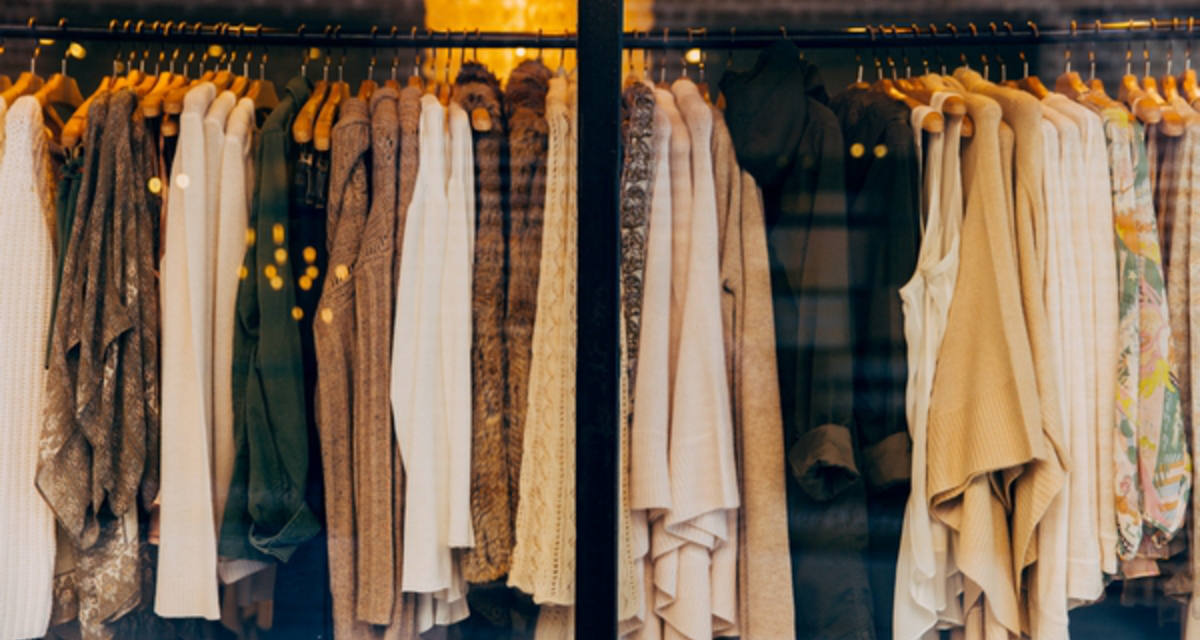 Féláron vehetsz ruhákat a magyar tervezőktől! - Ők akcióznak mostanában