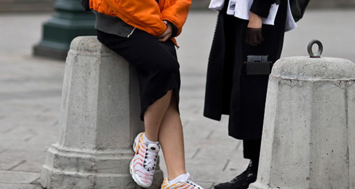 Így viseld az edzőcipőt tavasszal! Más a divat, mint tavaly ilyenkor