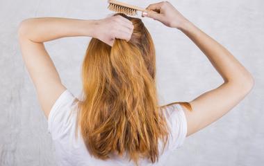 5 hajformázási tipp éjszakára, hogy reggel tökéletes frizurával ébredj