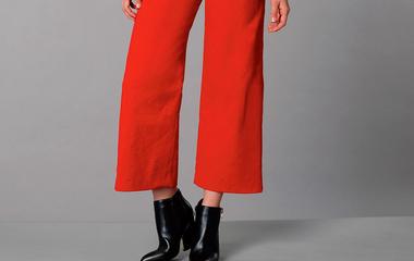 Így viseld a nőies bokanadrágot ősszel, ha elegáns szeretnél lenni