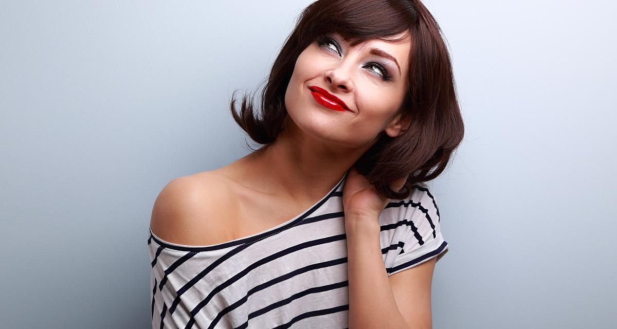 Így lesz hosszú hajból bob fazon, vágás nélkül - Pillanatok alatt frizurát válthatsz