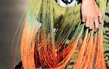 A legnőiesebb ruha tavaszra / Plusz egy elképesztő táska