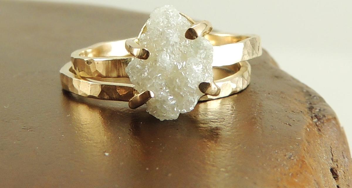 Nyers, mégis imádják: a csiszolatlan gyémánt az arák új kedvence