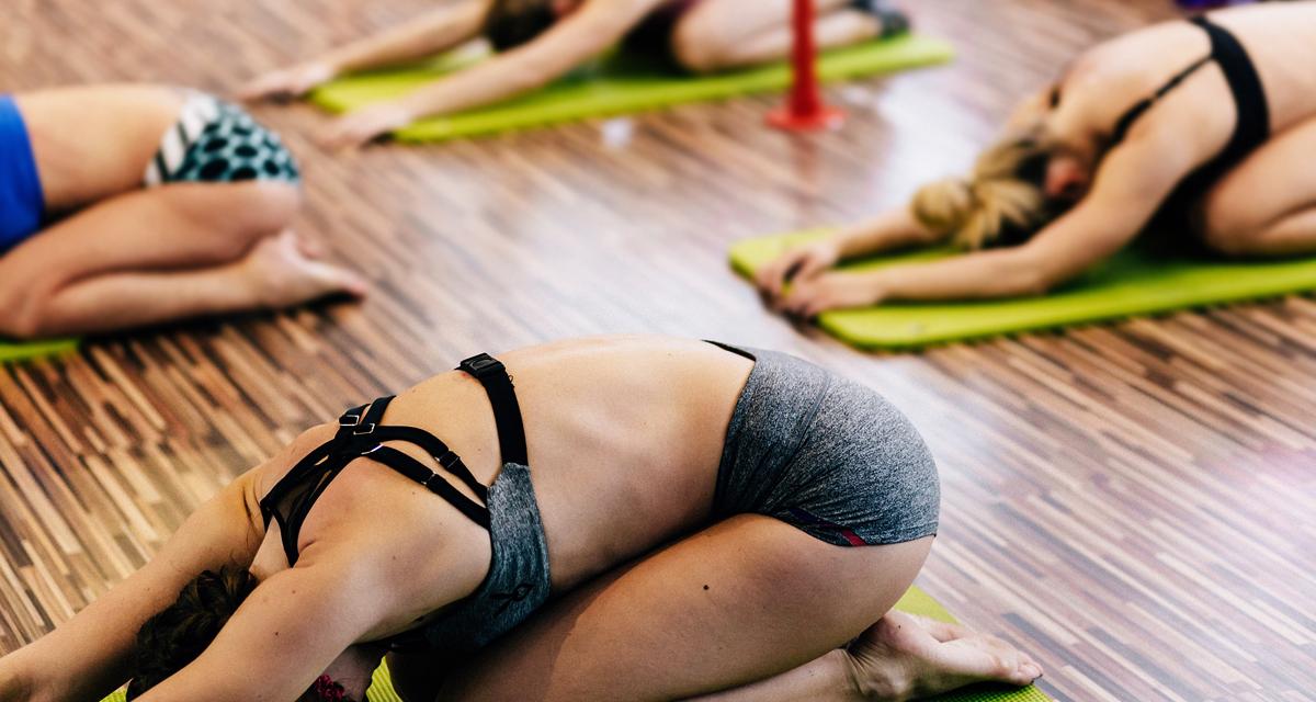 Mintha kicserélnének: egyszerű, kezdő jógagyakorlatok a rugalmasabb izmokért