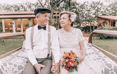 60 éve házasok, de nem volt esküvői képük: most gyönyörű fotókkal pótolták