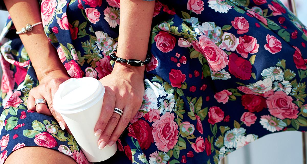 Így viseld a virágos szoknyát idén: inspiráló színpárosítások