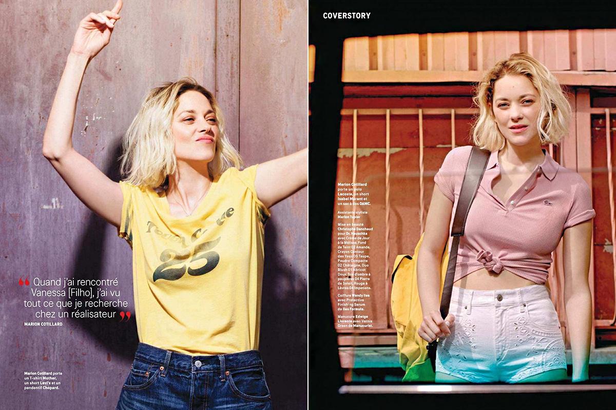 A sortos, farmeres szettekben olyan, akár egy kamaszlány. A stylist, Charlotte Renard a Lacoste, a Prada, az Isabel Marant és az Acne Studios kollekcióiból válogatott szexi darabokat a színésznőnek.