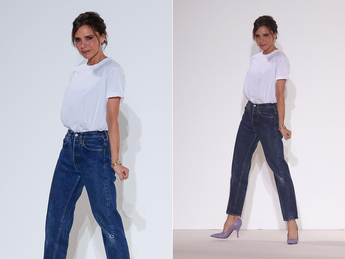 Victoria Beckham a divatbemutatóját követően vonult ki a kifutóra tintakék mamafarmerben és egyszerű, fehér pólóban. Az ilyen szettet nőies magassarkúval lehet a legjobban feldobni.