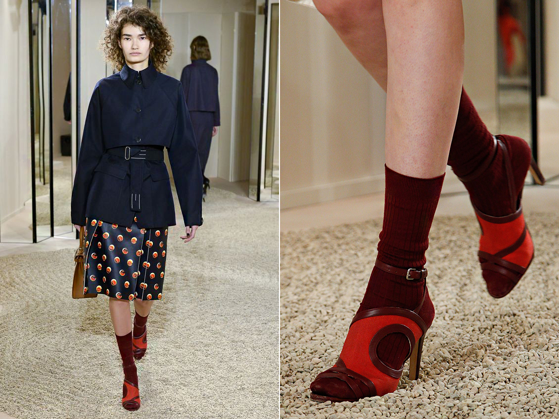 A Hermés szintén a szandál-zokni kombinációjával kísérletezett, és nem is olyan rosszul.